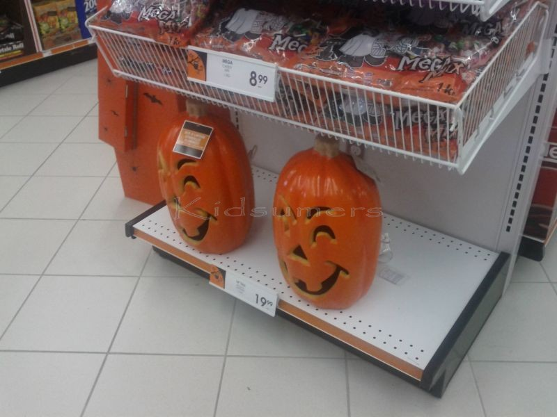 Halloween shopping at Shoppers Drug Mart #CBias