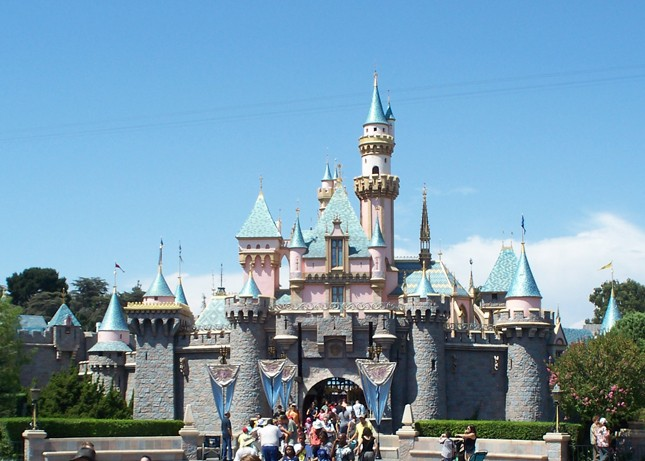 Meet your Favourite Cars Characters at Disneyland