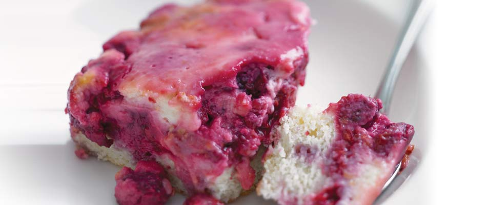 Dessert Recipe: Raspberry-Yogurt Cake