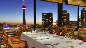 westin harbour Toula-Restaurant-CN-Tower