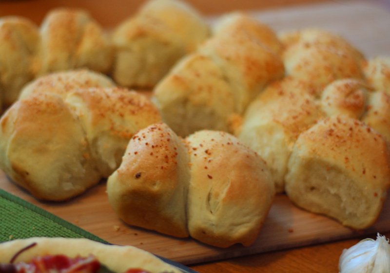 Bread Recipe: Pull-apart Garlic Bread