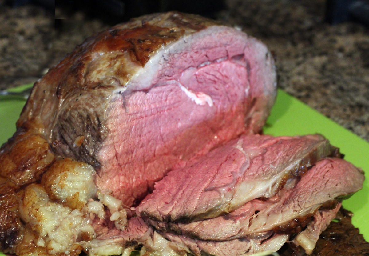 How to Make a Medium-Rare Prime Rib