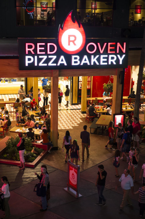 Red Oven Pizza Bakery at Universal CityWalk